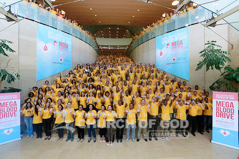 Group photo of World Mission Society Church of God volunteers after Mega Blood Drive 2015 in New York City