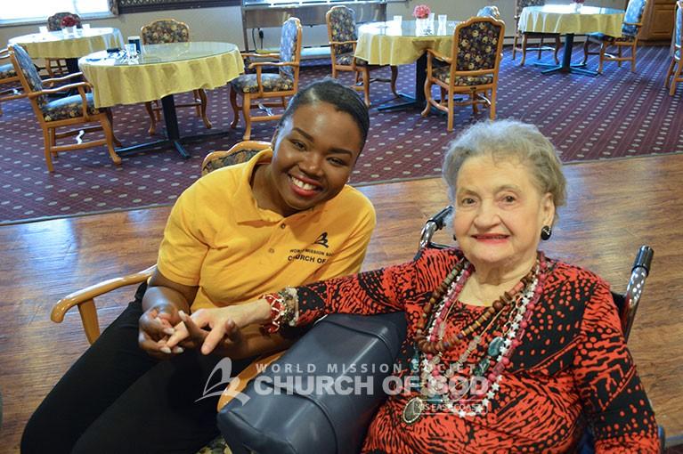 World Mission Society Church of God, wmscog, volunteers, volunteerism, residents, seniors, shrewsbury, nursing, rehabilitation, home, center, elderly, visit