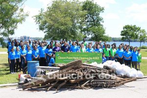 Group picture of ASEZ students during their Clason Point Park cleanup in June 2019